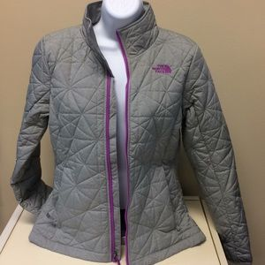 The North Face Women's quilted jacket size M